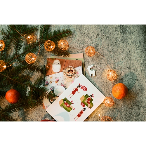 15 random Christmas postcards